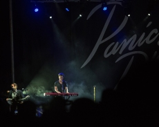 F41A8572 Panic at the Disco 041015 - B