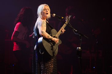 Elle King performs at the Marquee Theatre in Tempe, AZ on March 1, 2016.