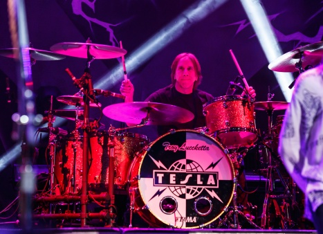 Tesla plays live at the Talking Stick Resort Showroom on March 25, 2016.