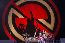Brad Wilk & Backdrop